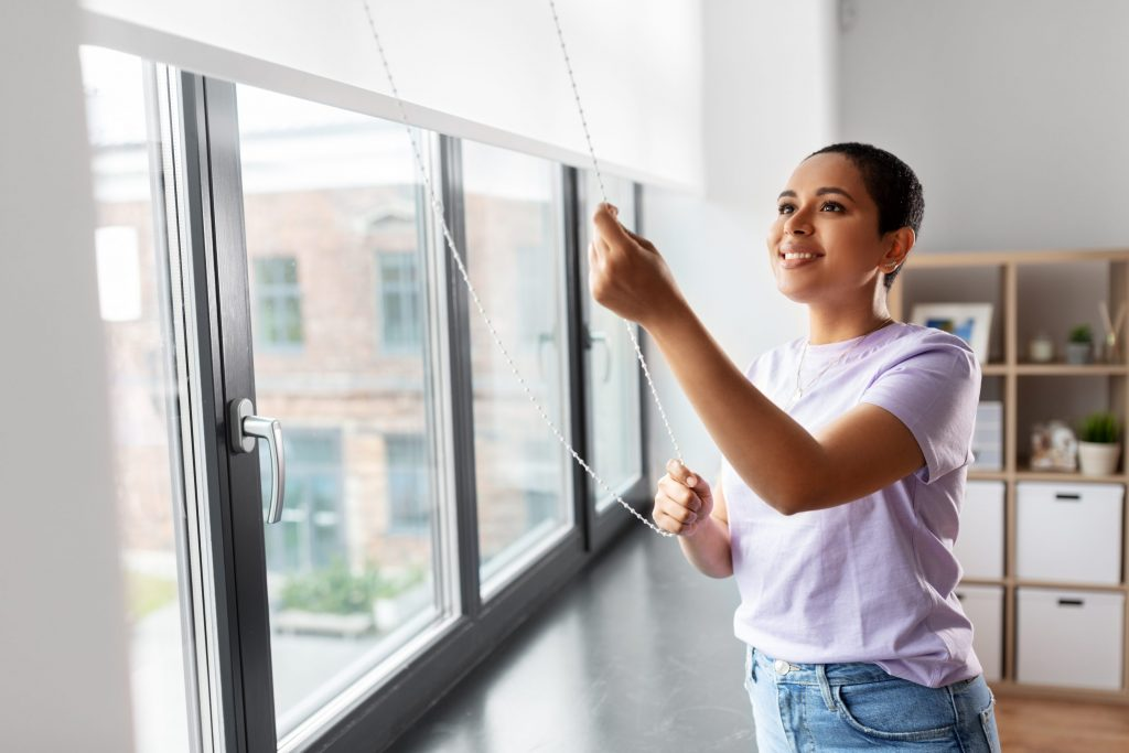 Dicas pra mantar as cortinas da sua casa limpas